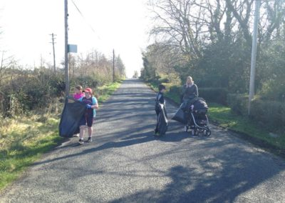 Children collecting rubbish in Ballintrillick Clean Up