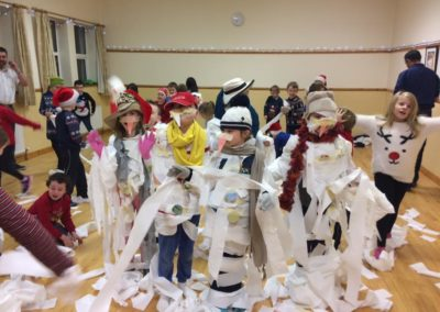 Cubs making snowmen of themselves in Benwiskin Centre